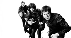 recensione kasabian for crying out loud