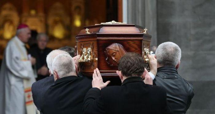 dolores o'riordan funerali