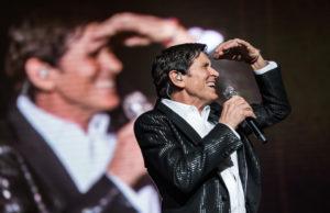 Gianni Morandi tour