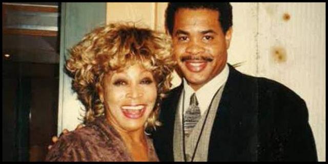 Tina Turner commuove