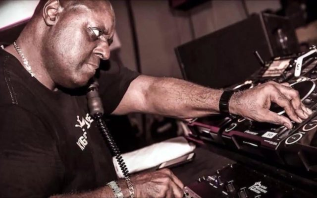 Tony Humphries