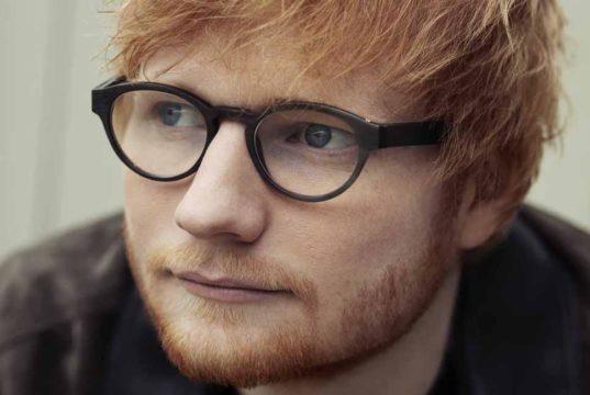 Sheeran featuring recensione feat