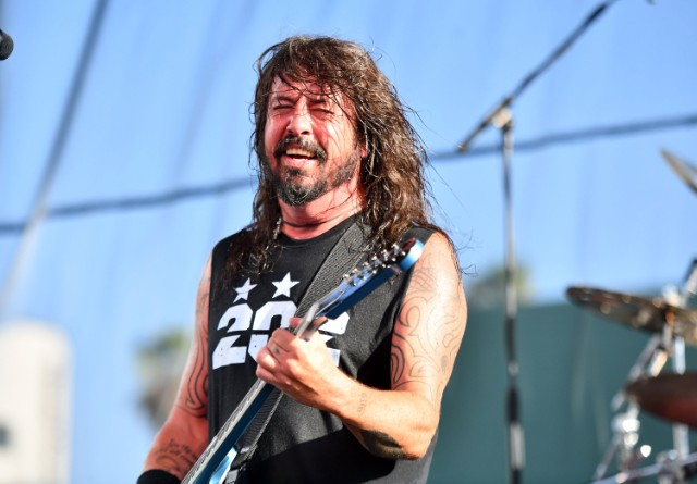 Grohl Nirvana Reading Live
