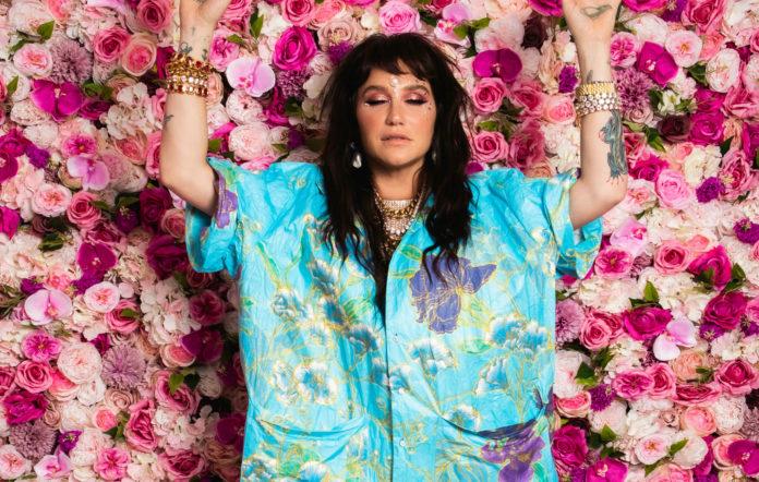 High Road Kesha recensione