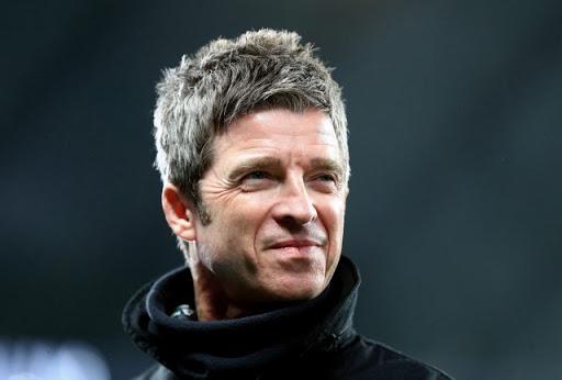 Noel Gallagher mascherina